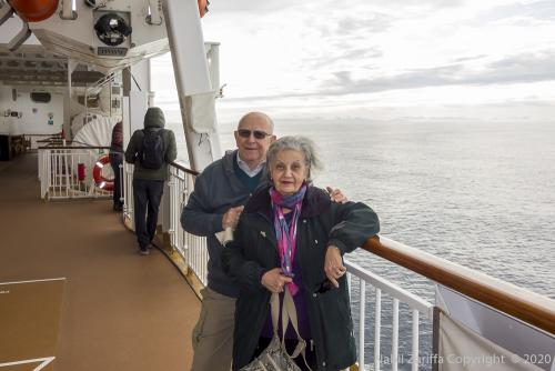 DSC2112  - Sur le pont au Cap Horn