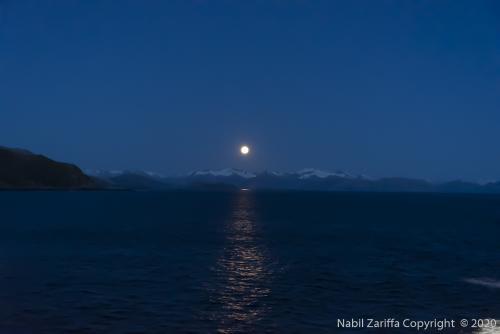 DSC6629 Levé du lune dans le détroit de Magellan
